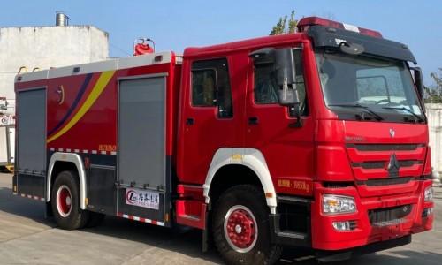 豪沃水罐消防车 8吨