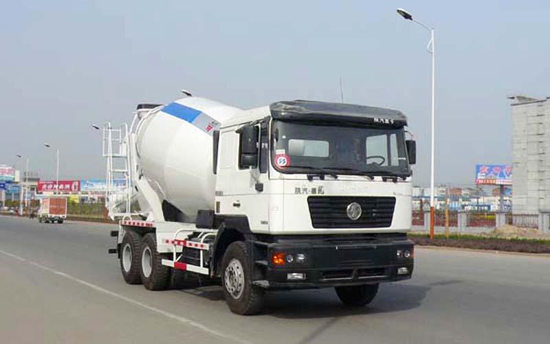 陕汽德龙水泥搅拌运输车