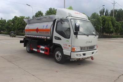 (国五)江淮4.66立方易燃液体罐式运输车