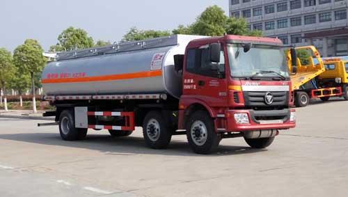 国五欧曼小三轴食用油运输车