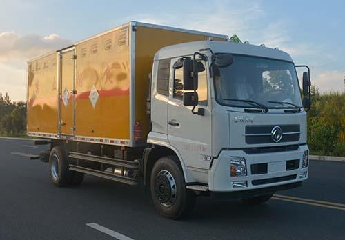 东风6.2米毒性和感染性物品厢式运输车